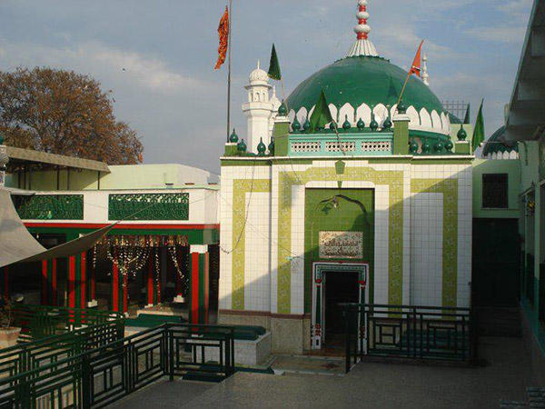 ImamAli-ul-Haq Shrine
